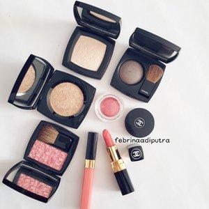 My trusty #Chanel ♡#motd #potd #FOTD #makeup #makeuptalk #makeupmania #makeupmafia #makeupporn #makeuptoday #makeupjunkie #makeupaddict #clozetteid #weheartit #tumblr #beaytyjunkie #beauty #instabeauty #instadaily #instamood