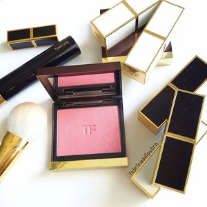Oh honey, I'm the Wicked witch of everything!#TomFord #blushon #motd #makeuptoday #clozetteid