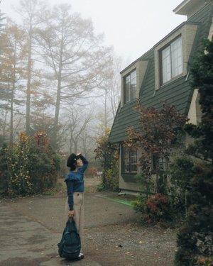 foggy afternoon well spent • • • • • • • • • • #clozetteid #dearestviewfinder #beautifulmatters #justgoshoot #darlingescapes #theheartcaptured #thehappynow #wheretofindme #ootd #ファッション #스타� #コーデ #littlestoriesofmylife  #japantrip #japan #軽井沢町 #untoldvisuals #abmlifeiscolorful #autumn #travelersnotebook #beautifulworld #momentsofmine #thesincerestoryteller #explorejapan #botanicalpickmeup #ofsimplethings