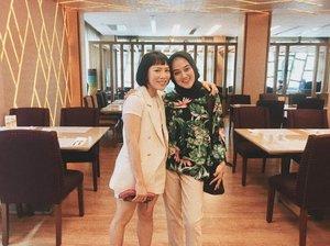 Bangkok. New experience, new friends, unforgettable memories. • • • • • • • • • • #clozetteid #dearestviewfinder #beautifulmatters  #darlingdaily #lookbookindonesia #dametraveler #theheartcaptured #finditliveit #thehappynow #wheretofindme #ootd #ファッション #스타� #コーデ #littlestoriesofmylife #abmlifeiscolorful #pathport #momentsofmine #thesincerestoryteller #ofsimplethings #bangkok