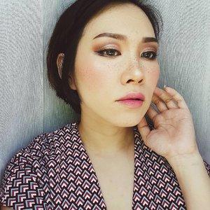 @vovmakeupid All Day Strong Lip Color in Pinkvely PK101 on my lips today••••••••••#clozetteid #clozette #motd #potd #makeupoftheday #faceoftheday #makeupmania #makeupjunkie #makeupporn #makeupaddict #makeuplover #momblogger #momblog #bloggermom #makeupdolls #wakeupandmakeup #ilovemakeup #indobeautygram #indonesianbeautyblogger #beautyaddict #beautyblogger #styleblogger #makeuplook #mommyblogger #makeuptalk #hypebeast #fotd #lotd