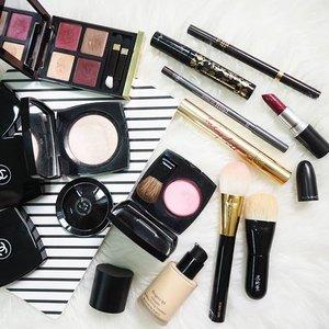 On my face today.#clozetteid #clozetteco #fdbeauty #makeup #motd #potd #wiwt#chanel #achanelshot @chanelofficial #chanelcosmetics #koyudo #tomford @tomford #tomfordcosmetics @tomfordcosmetics @armanybeauty101 #armanibeauty #etudehouseid #maccosmetics @maccosmetics #fromsandyxo #thatsdarling #weheartit