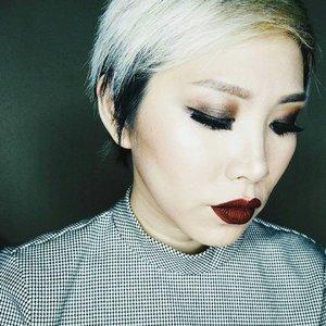 #throwback Grunge inspired makeup • • • • • • • • • • #clozetteid #clozette #motd #potd #makeupoftheday #faceoftheday #makeupmania #makeupjunkie #makeupporn #makeupaddict #makeuplover #momblogger #momblog #bloggermom #makeupdolls #wakeupandmakeup #ilovemakeup #indobeautygram #indonesianbeautyblogger #beautyaddict #beautyblogger #styleblogger #makeuplook #mommyblogger #makeuptalk #hypebeast #powerofmakeup #sheunites