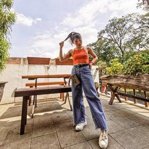 Selamat hari jadi Indonesiaku! Gucci purse via @sirene.mimosa • • • • • • • • • • #clozetteid #ootdsubmit #beautifulmatters  #darlingdaily #lookbookindonesia #dametraveler #theheartcaptured #thehappynow #wheretofindme #ファッション #스타일 #コーデ #littlestoriesofmylife #neutraltones #alliseeispretty #todaysgoodthing #slowandsimpledays #momentsofmine #thesincerestoryteller #ofsimplethings#postitfortheaesthetics #myeverydaymagic #17agustus
