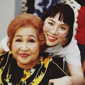 My beautiful grandma. From her I learned and received the unconditional love that now I pass onto my daughter; Eve. Happy Mother's Day Mak ♡••••••••••#clozetteid #dearestviewfinder #beautifulmatters  #darlingdaily #lookbookindonesia #dametraveler #theheartcaptured #finditliveit #thehappynow #wheretofindme #ootd #ファッション #스타� #コーデ #littlestoriesofmylife #abmlifeiscolorful #pathport #momentsofmine #thesincerestoryteller #ofsimplethings #vscoindonesia