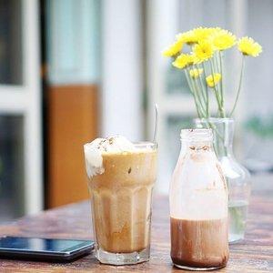 Need🍦without ☕ please . . . Ini ceritanya lagi café hopping biar kekinian. 😛  #clozetteid #sonya5000 #sonyalpha_id #sel35f18
