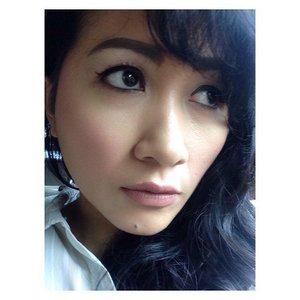 Today's make up #selfpotrait #myselfandi #narcism #wetnwild  #milanicosmetics #nyxcosmetics #majolicamajorca #maybelline #lorealcosmetics #kevinaucoin #cargocosmetics #guerlain #benefitcosmetics #hakuhodobrushes #maccosmetics #lipsticksaddict #lipsticksjunkie #makeupaddict #makeupjunkie #clozetteid #clozettedaily #beauty #makeup #fotd #lotd #fdbeauty #femaledaily