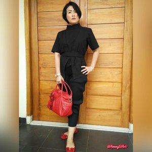 Eid Mubarak H2 🙏😊🙏 #supportlocalbrand #localbrand #abekanian #abekanilovers #abekanijogja #estyle #style #look #lookoftheday #outfit #outfitoftheday #fashionoftheday #instalook #instafashion #clozettedaily #clozetteid #fashion #ootd #femaledaily