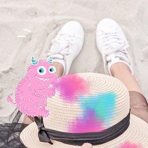 Well hello September! Lets make this month more happy dan jangan sakit. Cuacanya lagi ga enak banget, tiap keluar gedung berasa lagi dihukum sama sinar matahari yang super terik.  Bikin badan jadi ga enak banget 🙃  Jangan lupa jaga kesehatan ya teman-teman, pandemi belum berakhir.  #ClozetteId #kembalikeancol  #summervibes  #🌞