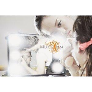 """""""Jangan pernah menyerah jika kamu masih ingin mencoba. Jangan biarkan penyesalan datang karena kamu selangkah lagi untuk menang. Terkadang kesulitan harus kamu rasakan terlebih dulu sebelum kebahagiaan yang sempurna datang kepadamu. """" - RA Kartini  Habis gelap terbitlah terang... Selamat hari Kartini wanita Indonesia... selalu semangat berjuang mengejar cita2 ya... !! #happykartiniday #kartini #rakartini #kartiniindonesia #wanitaindonesia #wanita #mua #makeupartist #ilovemyjob #myjob #entrepreneur #bridalstudio #bridal #womanentrepreneur #jakartamakeupartist #jakartamua #muajakarta #makeupartistjakarta #bekasimakeupartist #bekasimua #muabekasi #makeupartistbekasi #clozette #clozettedaily #clozetteid #beautybloggerindonesia #indonesiabeautyblogger #beautyblogger"""