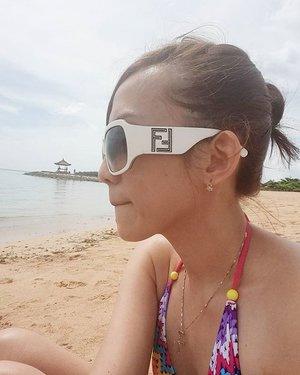 Good morniiing! Let's have fun today!  #holiday #vacation #beach #selfie #selca #summerchicks #fendi  #clozetteid #clozette #sofitel #sofitelnusadua #sofitel #bali #privatebeach  #familytime #shortgetaway #like #like4like #lifestyle #leisuretime