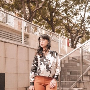 forgot to Welcoming February the month of love.. lets make this month more cheerful and of course grateful.. . . Happy saturday guys.. . . . . . . . . #clozetteid #ootd #outfit #스트릿룩 #fashionindonesia #스트릿패션 #hisafudressup #lookbookindonesia #streetstyle #stylebook #february