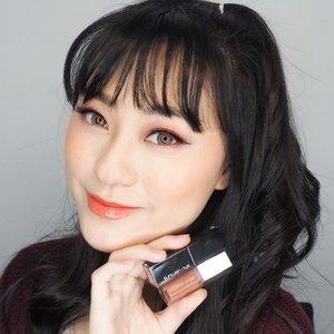 👄 👄 👄 combo.. @shuuemura Rouge Unlimited Matte M OR 585 with @fentybeauty Glass bomb .. buat yg suka glossy lip harus banget ni coba.. . . . . . . . . . #lip #lipstick #lipgloss #shuuemuraid #fentybeauty #glossylips #beauty #makeup #undiscovered_muas #koreanmakeup #뷰티그램 #셀카스타그램 #셀피스타그램 #아이섀도우 #clozetteid #lipswatch #립 #립스타그램