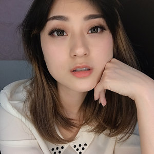 Just a selfie because i love the makeup.. all using @laneigeid product.. sstt no filter just a ringlight 😆 . . . . . . . . . #makeup #beauty #laneige #clozetteid #PowerofMakeUp #Undiscovered_muas @sbsin.kr #AsianVlogger #tampilcantik #MakeUpTutorialsx0x #charisceleb #WakeUpandMakeUp @indovidgram @powerofmakeup @bombtutorial #nofilter #nofilterneeded @awesomemakeup.p @indobeautygram @tampilcantik @bvlogger.id @hicharis_official @makeup_up @powderroom.co.kr