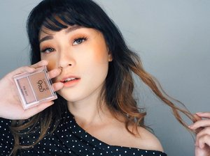 Summer is coming.. Who's excited?? This is my summer look.. Im using Pure Rouge Blusher from @lakmemakeup as my eyeshadow and blush.. ..Blushernya super pigmented dan warna warm color nya bener2 complete my summer look perfectly.. .........#summerbrightvibes #lakme9to5 #stylingtrendsetters #instantglam #clozetteid