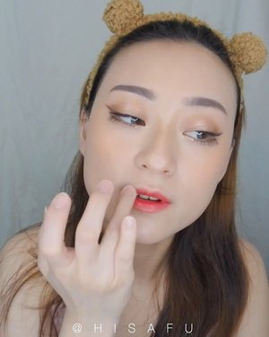 [MAKEUP TUTORIAL]Ini dia guys makeup tutorial dr foto yang bbrp waktu lalu aku sempet upload.. -Product use:~ @luxcrime_id Hydro Blur Finish primer~ @piccassokim Pro8 Booster Cream~ @bskin_id SS Cream~ Luxcrime Slim Triangle Precision Brow Pencil~ @getthelookid Loreal True Match Concealer~ @charis_indonesia Sun Kill~ @nacificofficial.id Juicy Mood Blusher #02~ @notecosmeticsid Contouring Palette~ @indonesia_etudehouse Milky Play Color Eyes & Blend for Eyes~ @gowoonlash Eyeyou Eyelash #13 & #80~ @shiseido_indonesia -Enjoy ~~