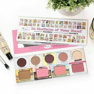 I want thiiiisss. ��, 3 produk terfavorit ada di satu palette ini. Kebetulan downboy dan fratboy nya udah habis.. hitpan yang lebar-lebar bangeeet. Daripada beli satuan mending beli ini ya.. beli....beliiiii  Credit pict from: @thebalm_cosmetics  #makeup #makeupaddict #makeupjunkie #makeupobsessed #makeupporn #makeupcollection #instamakep #dailymakeup #makeuporganization #blogger #beautyblogger #indonesianbeautyblogger #beauty #instabeauty #blush #fdbeauty #highlighter #bronzer #lipstick #lipstickaddict #lotd #lipstickcollection #motd #makeupoftheday #fotd #makeuplook #makeuplover #makeupmafia #ilovemakeup #clozetteid