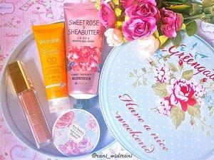 Today's picks.. review Wardah DD creamnya segera ya di blog, ini masih di coba-coba.. beberapa hari nyoba opini saya masih berubah2.. 😀😀 #makeup #makeupaddict #makeupjunkie #makeupobsessed #makeupporn #makeupcollection #instamakep #dailymakeup #makeuporganization #blogger #beautyblogger #indonesianbeautyblogger #beauty #instabeauty #blush #blushon #highlighter #bronzer #lipstick #lipstickaddict #lotd #lipstickcollection #motd #makeupoftheday #fotd #makeuplook #makeuplover #makeupmafia #ilovemakeup #clozetteid