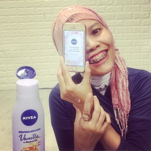 """I love taking care of my body and mind!� How I do implementing those Magic Words are by keeping in touch with all postive people, eating good food (means all savoury as posted on feeds LoL) aaaand pampering myself in #SensationalTouch moment with the new @nivea_id Sensational Body Lotion ..#instagood #clozetteid #beauty #lifestyle #instamoment #happyme #positivevibes #metime #mydailylife"