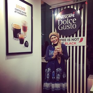 Coffee is not just black, and so is life. Then lemme color your life with my love 🥰..#NDGMusicDrip #clozetteid #lifestyle #HOTD #OOTD #batikindonesia #batikfriday #hijabfashion #hijabstyle #streetstyle #coffeemaker #myqualityminutes #kopdarJakarta #coffeelovers #coffeeholic #instafashion