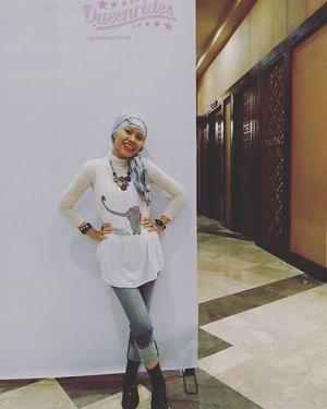 Fashionable riderComfortable yet stylish#ngopicantikqueenrides #OOTD #HOTD #clozetteID #styles #hijabi #hijabers #queenrides #queenridesindonesia #adorableOOTD