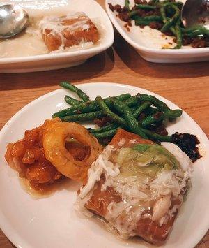 < L u n c H i e > 🍛🥗🍧 . . . . #whatieat #makanapa #fooddiary #foodphoto #foodgram #foodlover #foodstagram #makanenak #chinesefood #yum #theduckking #yumm #clozetteid #yummyinmytummy
