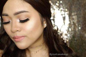 PRODUCT USED . . EYES  @juviasplace Saharan Palette *Zoya* #juviasplace . . CHEEKS @tartecosmetics Pro to go #tarteist  @beccacosmetics shimmering skin perfector pressed *Opal* #BECCAGlow . . LIPS @maccosmetics lipstick *kinda sexy* #maccosmetics . . #puputkristantimakeup #IMAEmakeupchallenge