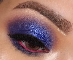 💙💙💙 . . PRODUCT USED . . EYES @morphebrushes x @jaclynhill palette #morphebrushes #morphexjaclynhill  @tartecosmetics Clay Pot Waterproof Shadow Liner *Bubblegum #tartecosmetics #tarte #tarteskin Glitter @eclatpressedglitter *Admiral . . BROWS  @benefitindonesia Ultra Fine Brow Pencil  @benefitindonesia 3D Browtones #benefitcosmetics #benefitbrowbar #benefitindonesia