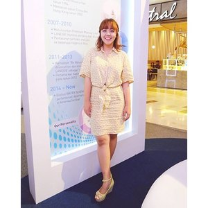 Today's #retro #pastel look for office #FashionFriday and @grazia_id @laneigeid K-Beauty Week at @grandindo @centralstoreid #graziaxlaneige today 😻 ....#beauty #clozetteid #ootd #fashion #retrolook #dress #shoes #wedges #flowery