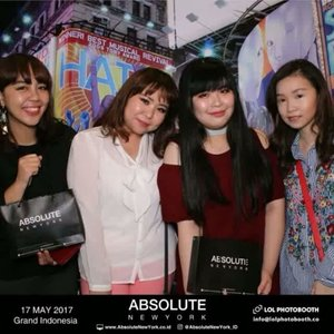 Congrats @absolutenewyork_id for the launch & grand opening of the 1st Flagship Studio at @grandindo today!  As usual I met these girlsss there and we'll meet again tomorrow in less than 24-hour! 😂😂😂 @jesslynlyne @feegyyy @cathysie  #absolutenewyork #absolutenewyorkindonesia #beauty #beautybloggerid #makeup #bloggerevent #photobooth #videooftheday #girls #clozetteid