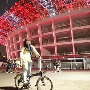 Gowes multitasking sambil angon bocah 😄.#GBK #gbksenayan #dahon #dahonvybe #cyclinglife #foldingbike #bikelife #Amazfit #AmazfitBip #clozetteid