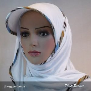 Get this designer's headwrap at wegdan.com, and using the code FF25 during checkout to get 25% off your purchase.  I think this headwrap will be so cool to wear on your jaunts around town, or when you are doing sports like tennis or hockey.. #headscarf #HijabStyle #musliGet this designer's headwrap at wegdan.com, and using the code FF25 during checkout to get 25% off your purchase.  I think this headwrap will be so cool to wear on your jaunts around town, or when you are doing sports like tennis or hockey.. #headscarf #HijabStyle #MuslimFashion #clozetteid @wegdanhamza