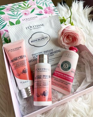 Start fresh in the morning 🥰  New babies from @loccitane   Review coming soon.   #loccitane @loccitane_id #morning #goodmorning #igbeauty #igstyle #instabeauty #instastyle #potd #beautyproducts #cleanskin #haircare #skincare #clozetteID #love #new #rose #pinkrose #pink #facemask #unboxing