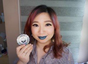 Metallic blue with @annasuicosmetics  #metalliclipstick #blue #annasuicosmetics #annasui #bbloger #clozetteid #beautybloggerindonesia #beautyblogger