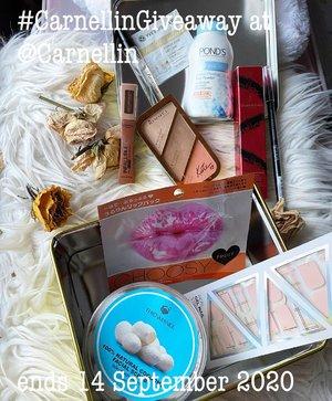 #CarnellinGA  Paket hadiah 3  Paket Gold  - Elizabeth Arden Mascara - Pond's Face Powder - Hair Perfume Furatase - Rimmel Coral Glow - Lakme Eyebrow Pencil - L'Oreal Paris Pro-matte Liquid - Gel Nail Coco - Natural Cocoons - Choosy Lip Mask  1. Follow @Carnellin 2. Repost dengan hashtag #CarnellinGiveaway boleh di igstory (harus di highlight) boleh di ig post. Dilarang tag @Carnellin. Cukup hashtag wajib. 3. Komen di post ini, kenapa kamu mauuu banget menangin dan tag dua teman kamu (real account, bukan brand dan bukan spam).  4. #giveaway berakhir tanggal 14 September 2020 dan pemenang dipilih random +/- 7 hari, lalu diumumkan di IG story @carnellin dengan di tag (24 jam).  5. Pemenang bayar ongkir hadiah.  6. Boleh komen dan like postingan aku yang lain.  7. 1 akun boleh komen maksimal 3x dengan tag teman-teman yang berbeda.  8. Boleh ikutan Paket Hadiah 1 dan 2 (di postingan sebelum ini), namun pemenang hanya boleh dapat 1 paket hadiah.  9. Be kind and be nice to each other ya dalam mengikuti giveaway ini 😊 let's spread positivity.  10. Semoga beruntung.   Psst..Rajin-rajin baca igstory aku ya, jika ada info lebih lanjut atau pertanyaan biasanya aku jawab di igstory juga.   #hadiah #igdaily #clozetteID #instadaily #igers #beauty #skincare #beautygifts #beautyproducts #beautygiveaway #makeup #perfume #ponds #elizabetharden  #rimmel #lakme #lorealparis #furatase  #lipmask