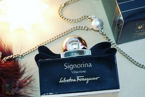 A new perfume from @ferragamo that you won't want to miss. It's something that lures me in and it was pretty deep.http://whileyouonearth.blogspot.co.id/2016/06/signorina-misteriosa.html?m=1#salvatoreferragamo #ferragamo #signorina #signorinamisteriosa #clozetteid #beautybloger #beautybloggerindonesia #review #edp #parfum
