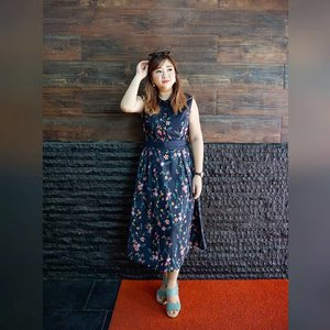 Monday morning.Pagi-pagi nge ramen yuks 😁Boosting up mood with a pretty dress to start the day. #alannahhill #alannahhilldress #pretty #dress #beauty #dressoftheday #motd #love #carnellinstyle #clozetteID #ootd #lotd #potd #outfitoftheday