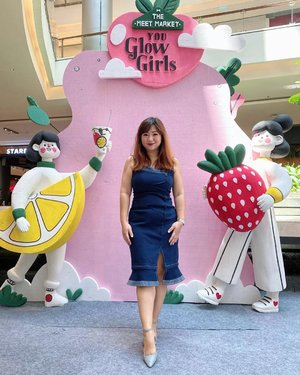 Ada bazaar di syiniii. Salah satu daya tarik mall itu pas ada stand yang buka ya hehe, secara gak setiap kali ada, jadi bikin kita pengen lihat-lihat ada apa aja. Banyak lokal brand yang dulu mulainya dari  bazaar lho.  Udah gitu aja 😁  #igstyle #carnellinstyle #dressup #dress #dressoftheday #potd #ootd #motd #lotd #outfitoftheday #hello #beauty #fashion #insta #styleinspo #igdaily #igers #lovely #hello #clozetteID #bazaar #bazaarjakarta