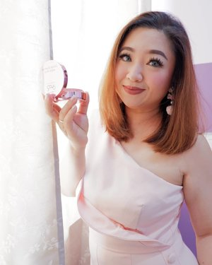 Video terbaru, talking about that Cushion from @lakmemakeup yang katanya High Coverage yet feels so light.Review ada di: https://youtu.be/kXWhzot0SboThank you @lakmeprgirl_________#beauty #carnellinstyle #love #igvideo  #motd #lotd #ootd #photooftheday #photography #lookoftheday #outfit #outfioftheday #outfitinspo #lookbook #style #styleoftheday #ClozetteID#igbeauty  #clozetteIDPOTW #travelwithCarnellin #lakme #BeautyVloggerIndonesia