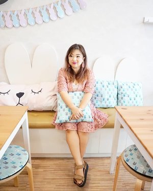 Like having a bunny theme party here 😍  Dulu sebenernya punya ide buat bikin cafe bunny gini, eh beneran ada sekarang.  Dress by @talulah_lamaison Flourish Mini Dress.  #pinkdress #talulahlamaison #outfit #beauty #outfitoftheday #clozetteID #lotd #motd #carnellinstyle #ootd #dress