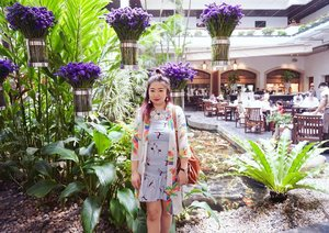 Good morning 😍 what a bright day #today.  Don't forget to praise the Lord as a new day has come.  #motd #lotd #ootd potd #flowers #beauty #Clozetteid #fashion #blogger #love #travel
