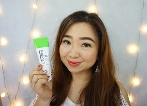 Baruuu aja cobain cream dari @madeca21_kr bernama #Tecasol Cream. Ternyata lumayan juga, pas banget buat kulit kering dan nyaman dipakai sehari-hari. Melting gitu di kulit saat dipakai. Review lengkap disini ya https://youtu.be/mhYaGEWDED0Dannn produk ini available di @hicharis_official juga. hicharis.net/carnellin/gZtTECASOL CREAM 50mlhttps://hicharis.net/carnellin/gZt#Madeca21 #dongkook #Tecasol #Cream #vlogger ##BeautyVloggerIndonesia #review #dryskin #moisturizer #Clozetteid #review #honestreview #recommended #pelembab #dryskin #sensitiveskin #@charis_celeb #kbeauty #musttry #koreanskincare #love #hello