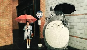 Waiting for our ride. #totoro #gibli #clozetteid #anime #love #experience