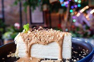 Thai tea milicrepes ini favorit tiap ke sini. Manisnya pas dan rasanya tuh enak, fresh cream milky yang gak boring.  Ada bakat gak ya gw jadi food influencer 🤭🤭🤭 #foodoftheday #ClozetteID #sweet  #healthyfood #lunch #fresh #love #thegarden  #musttry #crepes  #milicrepes  #freshfood #yums #igfood #foodies #dessert #thaitea #jakartafoodies #lifestyle