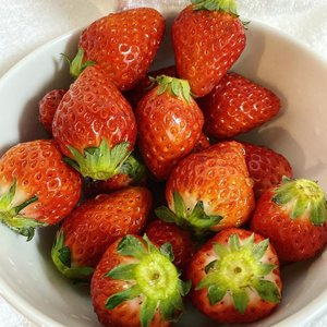 Sweet strawberries season.  #strawberry #love #fruit #Japan #clozetteID #travelwithCarnellin #spring #healthy #yums #sweet