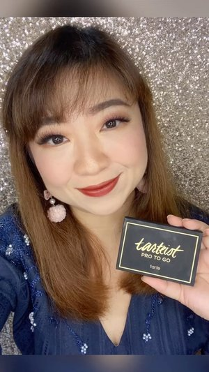 Like the best #eyeshadow, the texture is buttery and super smooth, highly pigmented and cost around 20$ yet worth every penny. Love it to the max! #tarteist #tarte #igtv #igbeauty #review #honestreview #clozetteID #highend #sephora #love #musttry #swatches #besteyeshadow #motd #lotd #makeup #makeupoftheday #makeupofinstagram #beautybloggers #beautyinfluencer