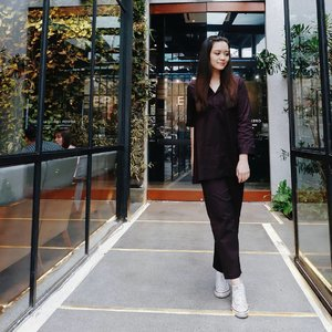 #avgaldressup 📷 by dokter gigi stress @octavianny . . . . . . . #ggrep #clozetteid #clozetteco #starclozetter #vsco #vscocam #ootd #outfitoftheday #pahi #wiwt #lookbook #lookbookindonesia #lookbookindo #looksootd #instagood #instafashion #instastyle #cgstreetstyle #fashionblogger #fashionpeople #streetstyle #bproject2017 #berrybenkalook #avgaldressup #styleinspiration #postthepeople #ootdindo #vscophile #peoplescreatives