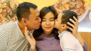 🎂 TODAY IS MY SPECIAL DAY 🎂.Dengan bertambah usia hari ini aku memohon kepada Allah SWT agar aku :..Jadi istri yang baik dan bisa membanggakan suamiJadi lebih bersabarJadi ibu yang terbaik untuk anak2kuJadi orang yang bijak serta rendah hatiSehat selalu hingga aku bisa menua bersama suamiku serta aku bisa melihat cucuku kelak.Lindungi selalu keluarga kecilku terutama kedua lelakiku. Last one, semoga semua keinginanku bisa tercapai. Amin yra. ❤...Classic memang. Tapi itulah yang menjadi doaku in my special day.Thanks GOD for blessing me for all the things that I've got ❤...#ClozetteID #BirthdayParty #mywishes #birthday #December