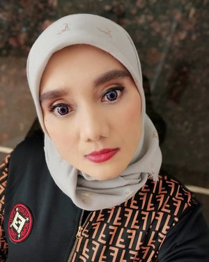 Udah lama ga selfieMakeup with @makeoverid ••#makeupover #clozetteid