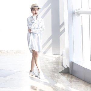 one week till vacation! #yasss . . . #fashionblogger #summer #outfit #ootd #blogger #sgblogger #sgig #shirtdress #whiteshoes #wearetravelgirls #passionpassport #finditliveit #minimalist #minimaloutfit #whiteaddict #clozette #clozetteco #clozetteid #aesthetics #postthepeople #huffpostgram #minimalist #travel #mytinyatlas #sgootd #socality #streetdreamsmag #streetstyle #like4like #createcommune